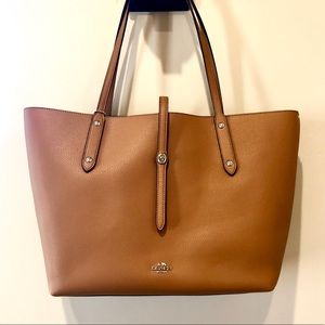 NWT • Coach Leather Market Tote In Saddle